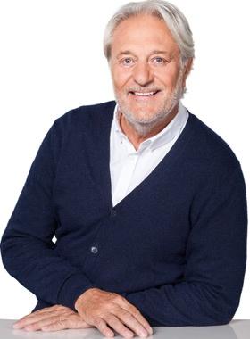 Dr. Herbert Plum