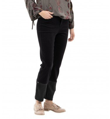 Jeans mit abnehmbaren Manschetten